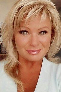 Police Killed A Texas Mom After She Shot Dead Her Daughters In The Street - http://eradaily.com/police-killed-texas-mom-shot-dead-daughters-street/