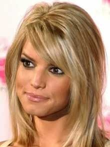 long-bob-haircuts-for-round-faces-536.jpg 220×294 pixels