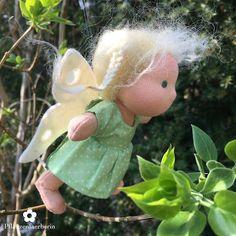 """Pflanzenfaerberin*Mini Elfchen Puppe Tuva (schwedisch für """"Grasbüschel"""")"""