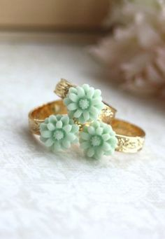 mint ring trio.