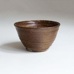 Ceramic tea cup, with natural ash glaze. Woodfired local clay, by Erik Hausgby. Ceramic Cups, Safe Food, Light Colors, Firewood, Serving Bowls, Stoneware, Glaze, Decorative Bowls, Tea Cups