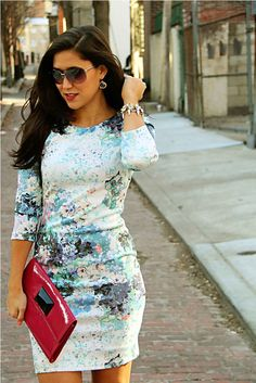 e6742286de7e84 Allison from Sisters in the City   Kinghorn Jordan  looks amazing in this  floral H dress!