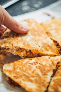 Super Easy Lentil Quesadillas | http://pinchofyum.com