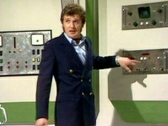 The Ark in Space: Season 12 Series 2: originally broadcast in four weekly parts on BBC One from January 25, 1975 to Febuary 15, 1975: written by Robert Holmes and John Lucarotti (uncredited): directed by Rodney Bennett | Harry Sullivan (Ian Marter)