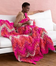 Crochet Retro Throw Free Crochet Pattern by @marly_bird in Red Heart Yarns