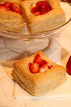 Butterdeig med vaniljekrem og jordbær - My Little Kitchen