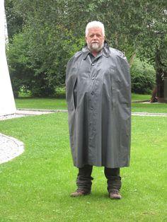 Capes, High Heel Cowboy Boots, Pvc Raincoat, World Best Photos, Rain Wear, Beautiful Men, Chef Jackets, Rain Jacket, Windbreaker