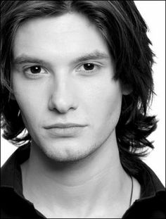 Ben Barnes = beautiful