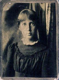 Virginia Stephen [Woolf] at thirteen