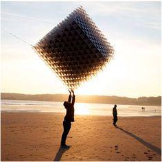 Cubic Kite Flying Sculpture Shining Man