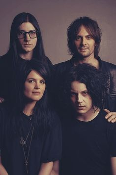 ~The Dead Weather ~* this is my little family photo that i would like to put in a very old fashioned and dilapidated frame