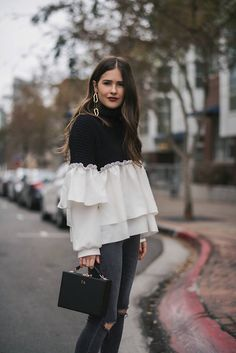 Fall Outfits for Work Offices - Knitters Fall Outfits For Work, Trendy Outfits, Trendy Fashion, Cool Outfits, Girl Fashion, Fashion Dresses, Fashion Design, Fashion Tips, Iranian Women Fashion