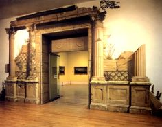 Amazing Trompe l'oeil mural by Paul Raymonde. It was created as the entrance for the Grande Tour Exhibition (1997) at the Tate Gallery