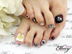 서우님 방문^^ 겐조네일 페디큐어 압구정네일샵 살롱엘루씨 - 엘루씨 - 아트워크 - 엘루씨 #연예인네일샵 #압구정젤네일 #젤네일잘하는곳 #nail #korea #seoul #japan #nail #nails #nailart #unha #unhas #unhasdecoradas