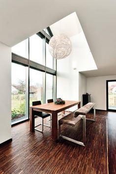 Einfamilienwohnhaus in Heppenheim: moderne Esszimmer von Helwig Haus und Raum Planungs GmbH