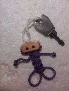 Przyczepka do kluczy ludzik :)