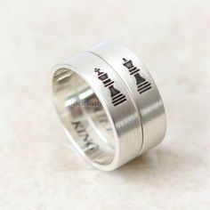king-queen-chess-couple-rings