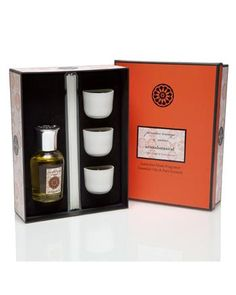 Diffuser and Candle Gift Pack New Fragrances, Scented Candles, Bathroom Medicine Cabinet, Diffuser, Persian, Coding, Orange, Gifts, Presents