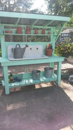 garden pots Love this bench 48 Creative Potting Bench Plans to Organized and Make Gardening Work Easy garden table potting benches Outdoor Potting Bench, Potting Bench Plans, Potting Tables, Potting Sheds, Potting Bench With Sink, Farmhouse Potting Benches, Potting Soil, Outdoor Storage, Backyard Projects