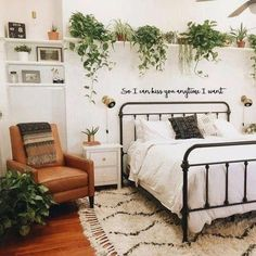 This is a Bedroom Interior Design Ideas. House is a private bedroom and is usually hidden from our guests. However, it is important to her, not only for comfort but also style. Much of our bedroom … Apartment Bedroom Decor, Room Ideas Bedroom, Home Bedroom, Bedroom Inspo, Bedroom Green, Bedroom Designs, Apartment Ideas, Bedroom Furniture, Vintage Apartment Decor