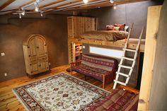 Estrada loft by Earthship Kirsten, via Flickr