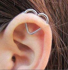 Orbital Piercing, Septum Piercing Jewelry, Smiley Piercing, Cute Ear Piercings, Piercing Tattoo, Body Piercing, Piercings Bonitos, Vampire Diaries Jewelry, Different Ear Piercings