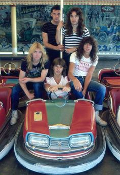 IRON MAIDEN with original members Dennis Stratton (guitar), Clive Burr (drums), and Paul DiAnno (vocals) Metal Horns, Metal On Metal, Heavy Metal Bands, Iron Maiden Band, Bruce Dickinson, Albums Iron Maiden, Hard Rock, Beatles, Clive Burr