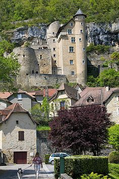 chateau, Larroque, Midi-Pyrenees, France