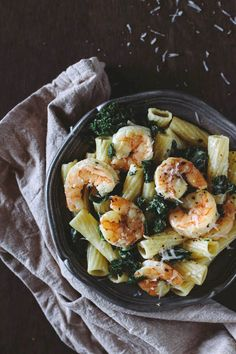 Roasted #Shrimp and #Kale Rigatoni with Lemon Ricotta Sauce -  A delicious weeknight #meal ready under 30 minutes.