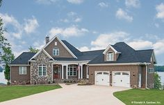 Home Plan The Chatsworth by Donald A. Gardner Architects