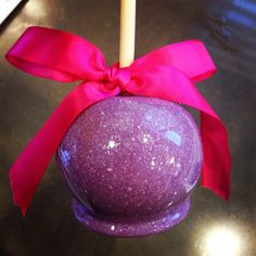 Edible glitter candy apple made by me:)