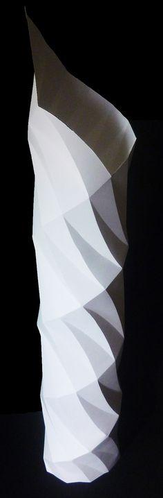 紙立体 - 自立