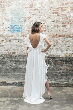 8 Rime Arodaky wedding looks for a civil ceremony Wedding Dresses 2018, Wedding Dress Trends, Designer Wedding Dresses, Bridal Dresses, Amazing Wedding Dress, Little White Dresses, Wedding Looks, Bridal Collection, Wedding Styles