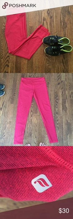 Bright red leggings Fabletics leggings! Absolutely no pilling. Perfect condition. Great fit, just didn't wear them as much as I thought (leggings addict). I forgot the size but I'd say a medium? Can model if asked. Fabletics Pants Leggings