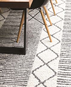 Sitar 316 Grey Wool Flatweave Rug FEATURES: Wool + Cotton Scandinavian Design Flat weave construction Hand Made in Ind Rug Inspiration, Rug Features, Sisal, Scandinavian Design, Wool Rug, Weave, Construction, Flat, Rugs