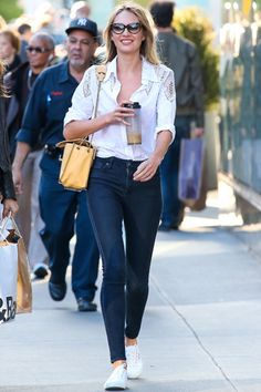 Candice Swanepoel - perfect shopping look