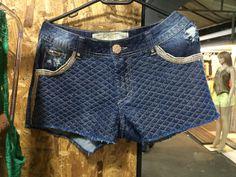 Short jeans Zippie com brilho lindo! R$ 89,99