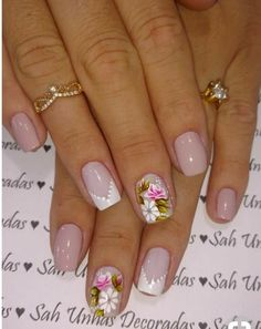 70 Trendy Spring Nail Designs are so perfect for this season Hope they can inspire you and read the article to get the gallery. Pink White Nails, Mint Nails, Rose Gold Nails, Simple Nail Art Designs, Nail Designs Spring, Gold Nail Art, Vacation Nails, Pretty Nail Art, Simple Nails
