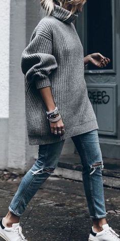 fall outfit ideas / chunky gray knit sweater