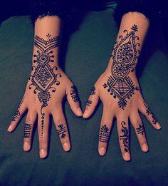 #henna#hennaart#hennatattoo#turkish#girl#beauty#hudabeauty#hennaartist#hennainspire#hennalove#hennaseloema