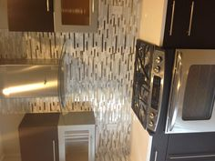 This back splash adds a nice modern feel