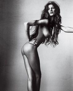 Gisele Bündchen photographed by Irving Penn, Vogue, July 1999.