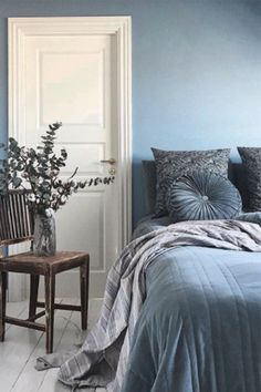 Bedroom Themes, Bedroom Decor, Interior Decorating, Interior Design, Cozy Bedroom, Room Inspiration, Sweet Home, House Design, Home Decor