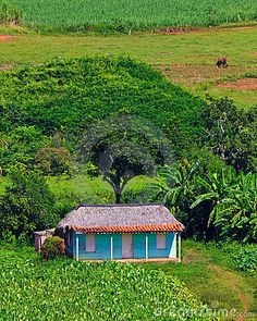 The cutest little house I have seen in my Cuba aerial views search.