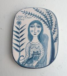 Contemporary art by artist Vivien Moir on view at Mixed Summer Exhibition Gallery Heinzel, Aberdeen Pottery Plates, Ceramic Pottery, Pottery Art, Ceramic Art, Pottery Designs, Contemporary Ceramics, Contemporary Art, Pottery Sculpture, Ceramic Tableware