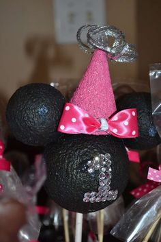 Minnie Mouse BowTique Birthday Party Ideas | Photo 28 of 28 | Catch My Party
