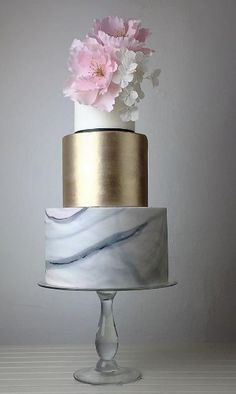 Crummb Wedding Cake Inspiration