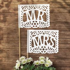 Inspired by the Mexican tradition of Papel Picado, these MR + MRS flags combines paper shapes and colors to express the joy and spirit of life constant celebration. ……………………………………….... - DIMENSIONS - - Flags 15.5cm x 13.5cm (6x5 approx.) - Stems 30cm (12 approx.) These MR+MRS Flags arrive fully Mexican Wedding Traditions, Mexican Wedding Decorations, Mexican Themed Weddings, Mexican Wedding Favors, Mr Mrs, Wedding Table, Our Wedding, Wedding Ideas, Wedding Inspiration