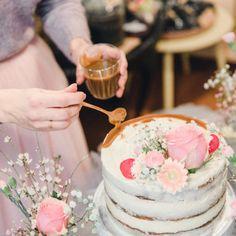 Täydellinen Sokerikakkupohja - Ohje+Muistilista   Annin Uunissa Food Tasting, Bloom, Table Decorations, Cake, Party, Taste Food, Food Cakes, Cakes, Receptions
