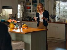 look past the actors to see the beach themed decor of Emily's beach house (the kitchen) tv show -Revenge